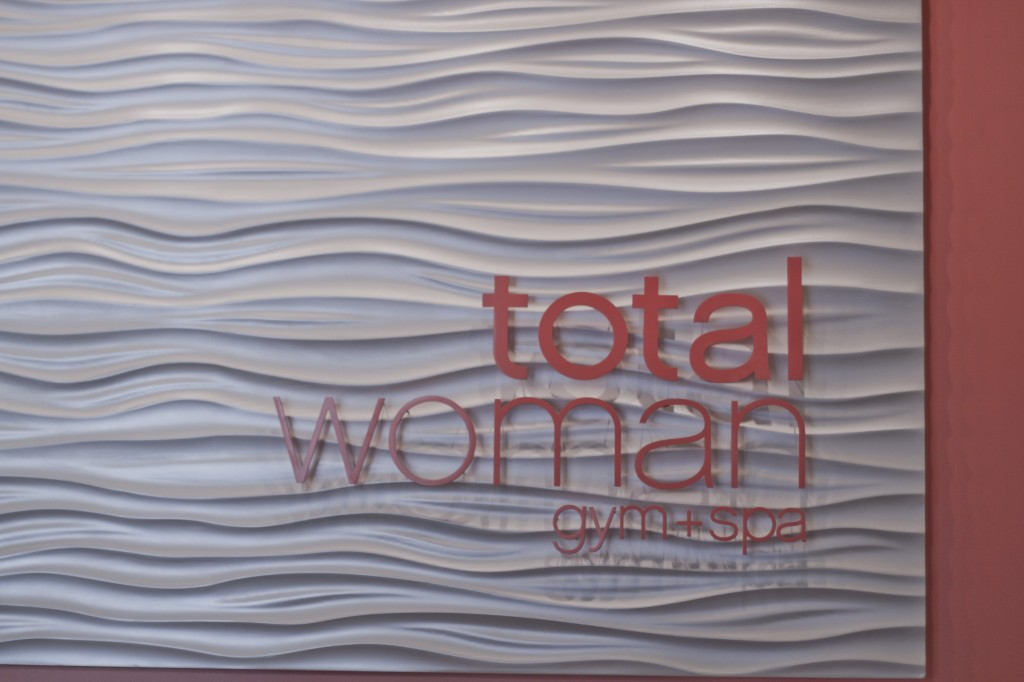 Total Woman + Spa Sign