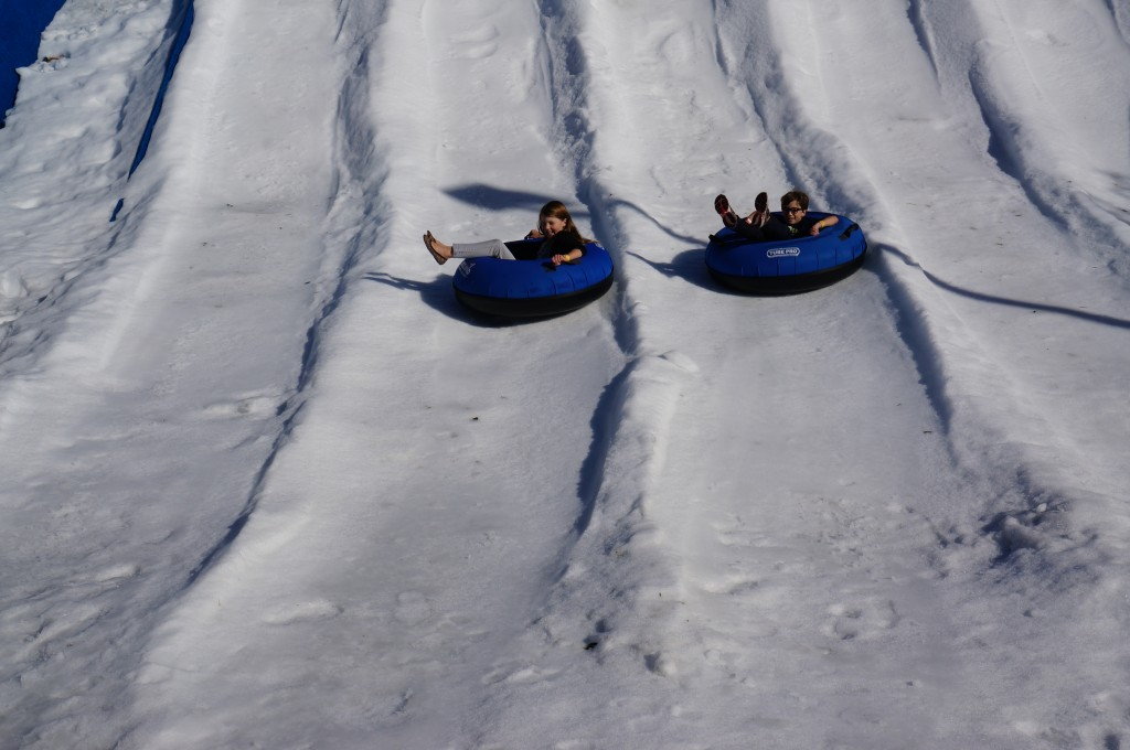 Holiday-Snow-days-Tubing