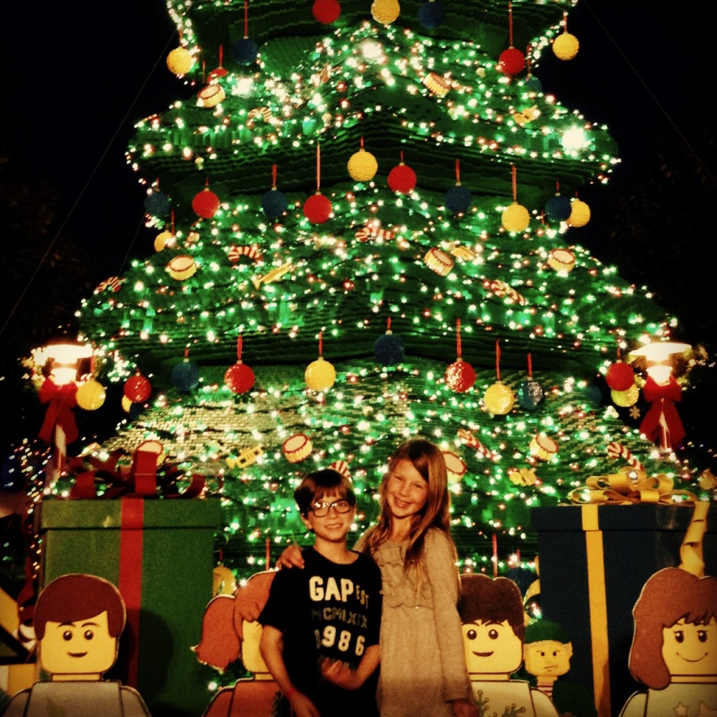 Photos-by-Lego-Christmas-Tree