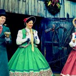 Kaleidoscope Center Welcomes The Charles Dickens Carolers