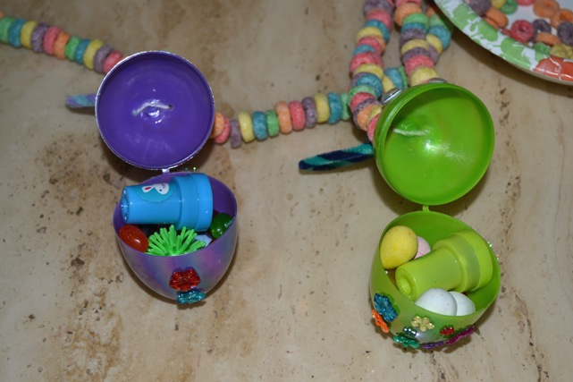 Easter-Bunny-Egg-Necklace-12