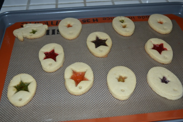 Stained-Glass-Easter-Cookies-9