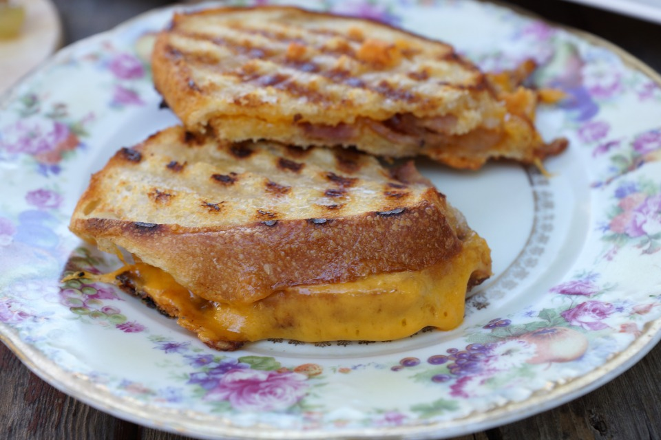 grape-grilled-cheese2