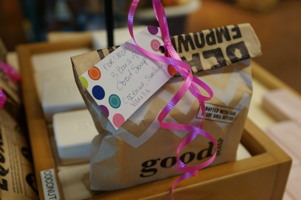 whole-foods-market-mothers-day-21