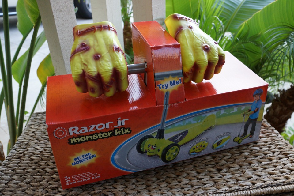 monster-kix-razor-1