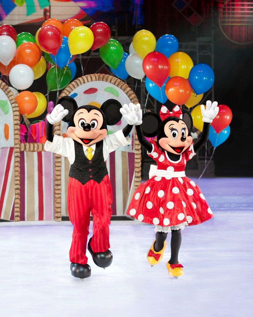 D30_Mickey-and-Minnie-Gift-Basket_Final