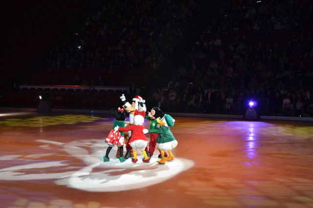 Disney.On.Ice.18