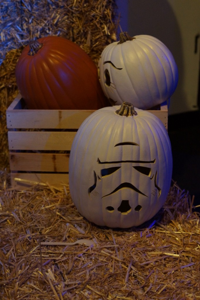 Star Wars Storm Trooper Pumpkin #DiscoveryCubeMoms