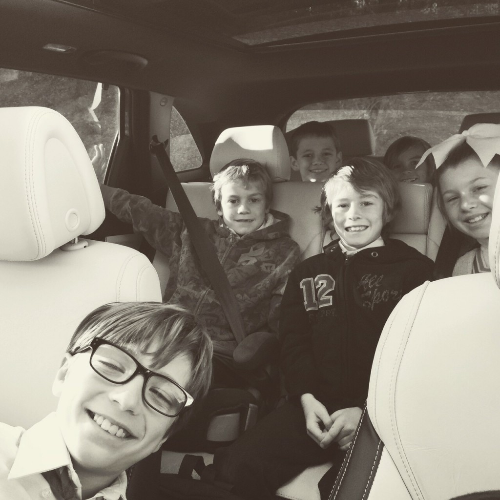 Carpool in the Kia Sorento