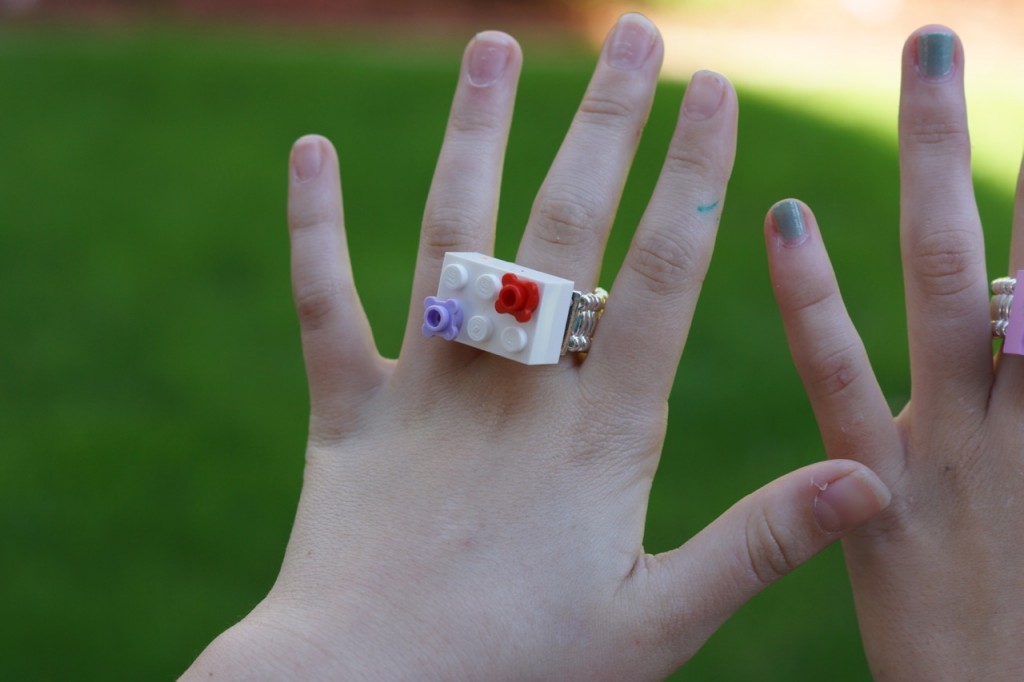 How to make a LEGO ring
