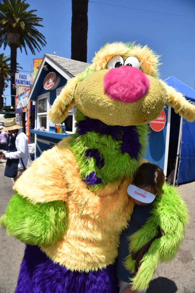 Hugs at the Ventura County Fair