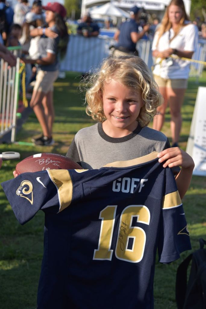 LA Rams Goff signed shirt