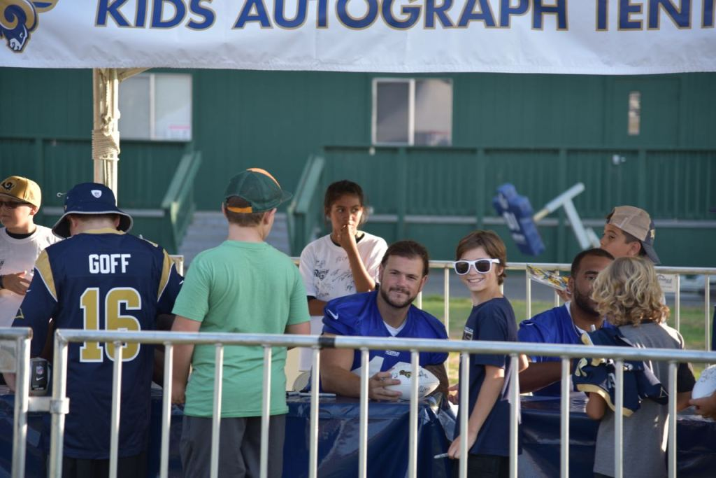 Rams Kids Autograph Session