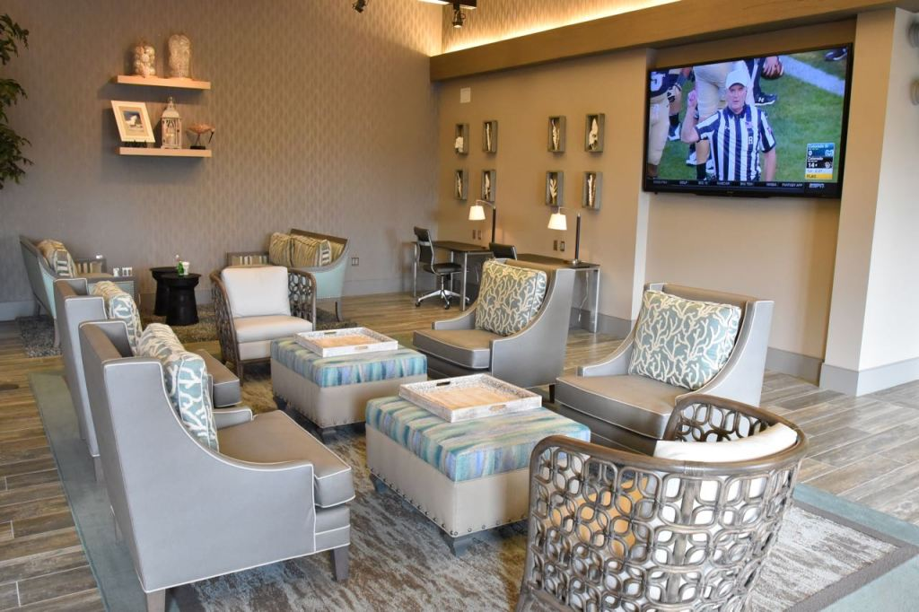 gorgeous-outlets-at-san-clemente-vip-lounge