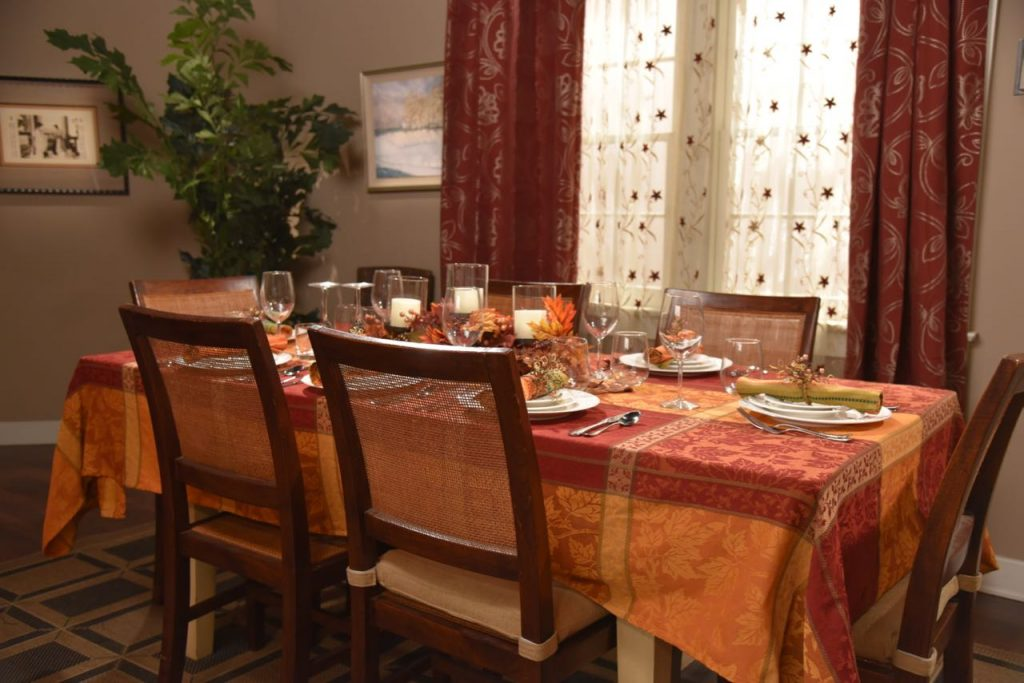 dining-room-table-on-the-set-of-dr-ken