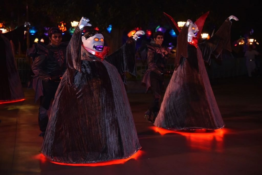 disneyland-halloween-parade
