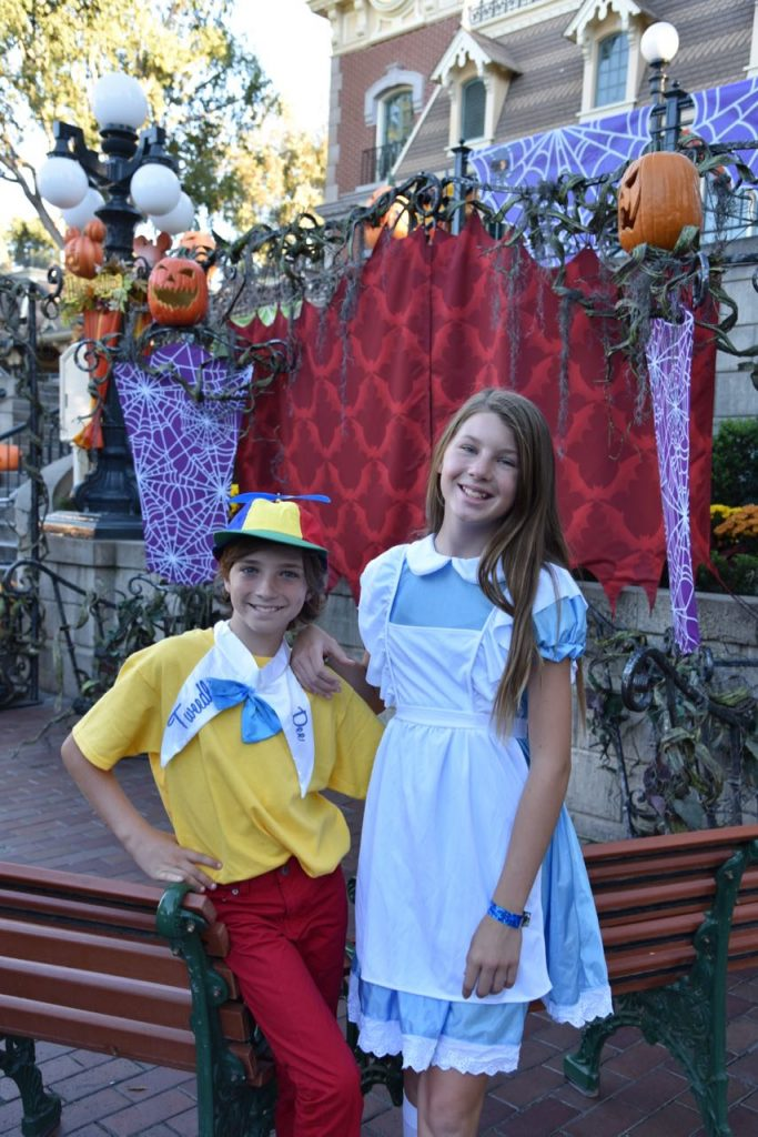 dressing-up-for-disney-halloween