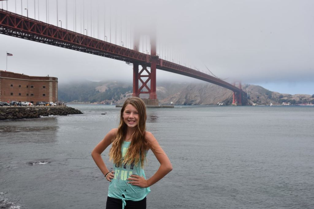 ella-at-the-golden-gate-bridge