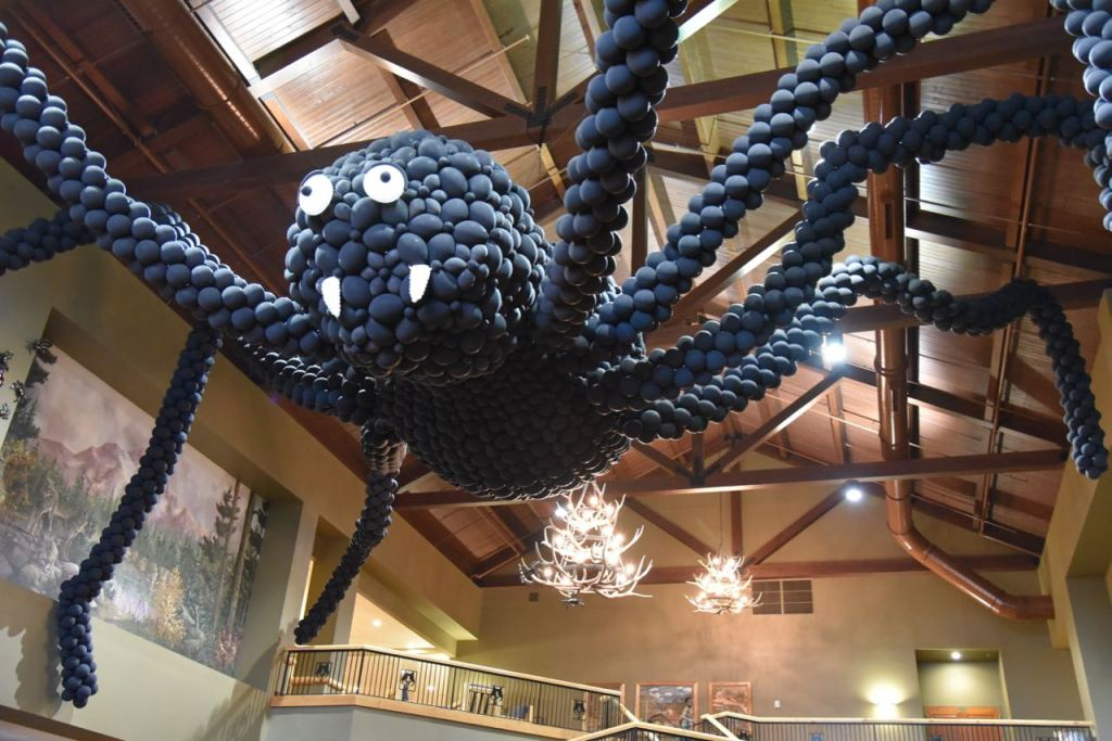 great-wolf-lodge-halloween-decorations