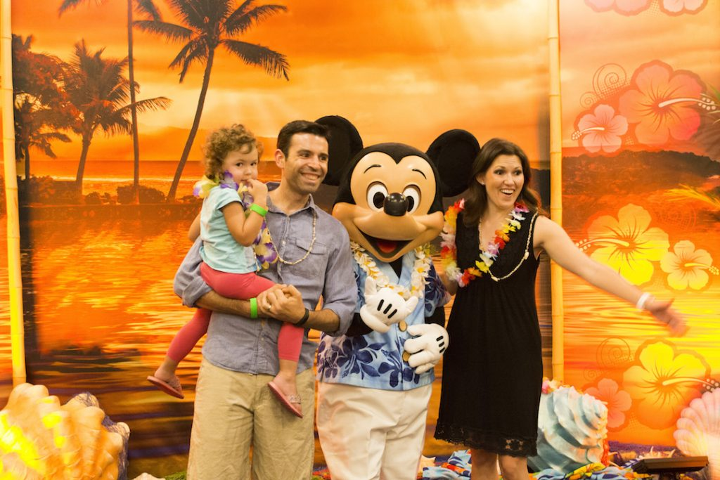 luau-attendees-each-get-a-photo-with-a-disney-character