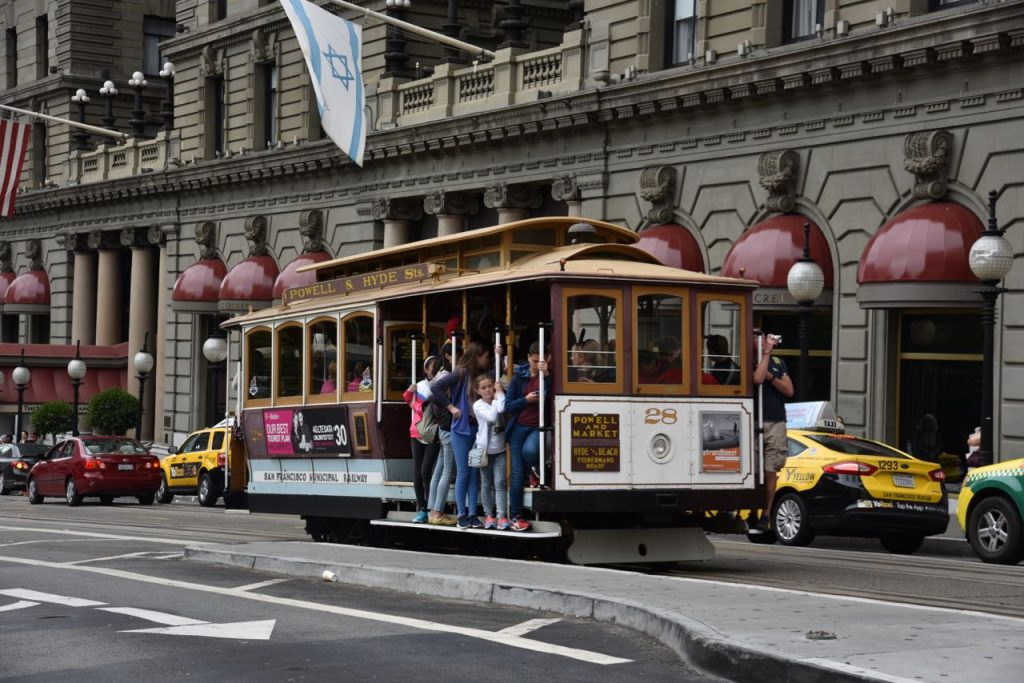 san-francisco-trolly