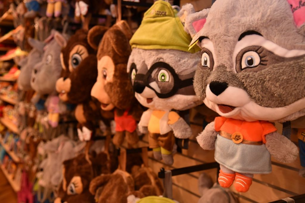 stuffed-animals-at-great-wolf-lodge