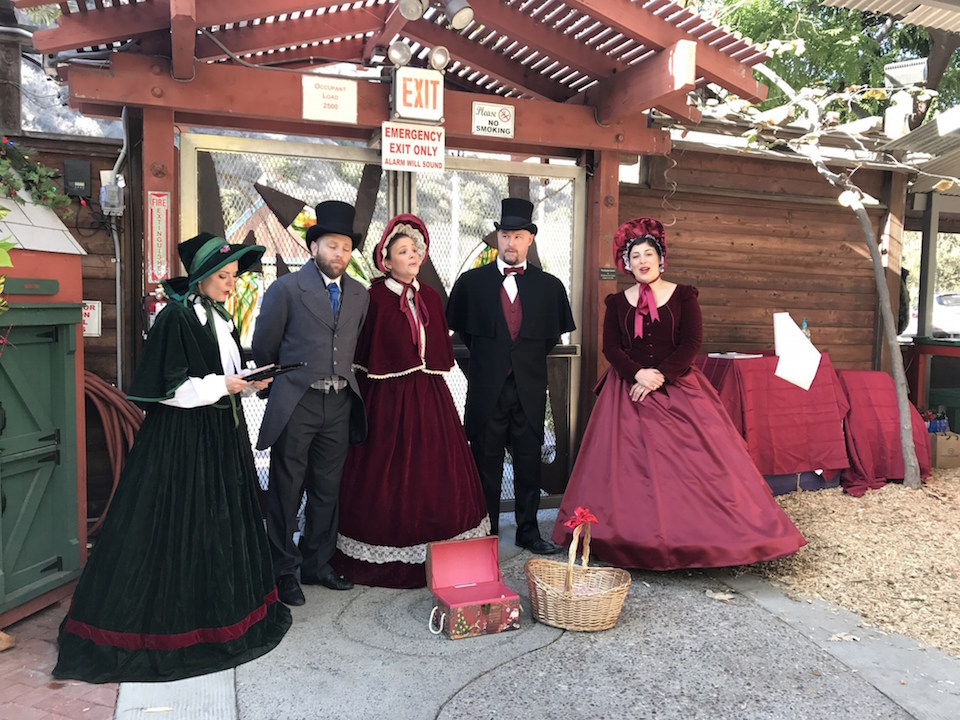 Victorian singers at the Sawdust Festival