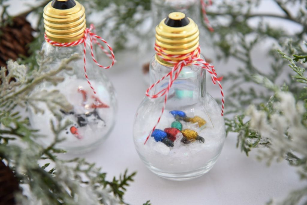 Kid-friendly ornament craft