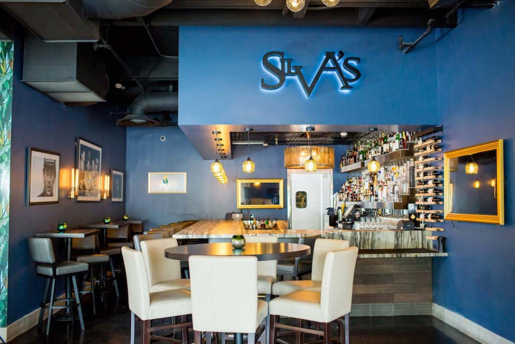 Silva's Fresh Eatery + Churrascaria bar area