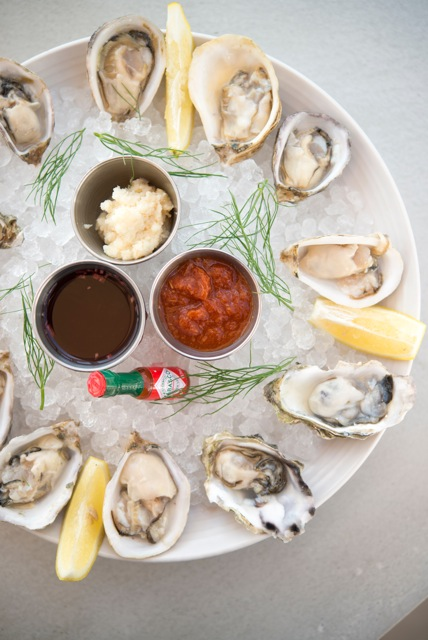 DriftwoodKitchen_Oysters