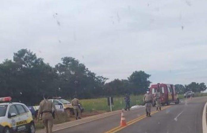 Carro capota e mata dois policiais militares entre Monte do Carmo e Porto Nacional