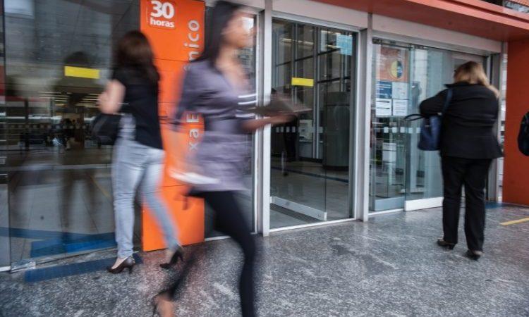 Bancos retomam atendimento nesta quarta, 17
