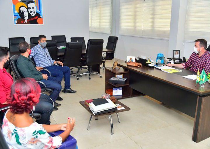 Em reunião com SINTEGO, Prefeitura de Goiânia se compromete com demandas da Educação