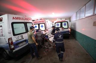 Brasil soma 414 mil mortes e Fiocruz alerta para abertura precipitada de atividades