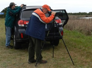 Hal Broadfoot and Peter Vankevich look at Redhead ducks.