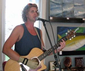 Aaron LaVigne performs at Dajio on Thursday.