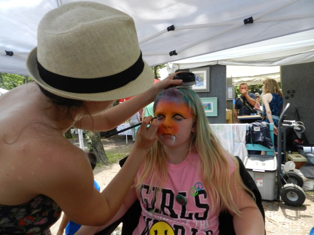 Face painting at the 2016 Ocrafolk Festival. Photo: C. Leinbach