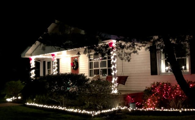 Ocracoke, N.C., homes are starting to show the holiday spirit. Photo: C. Leinbach