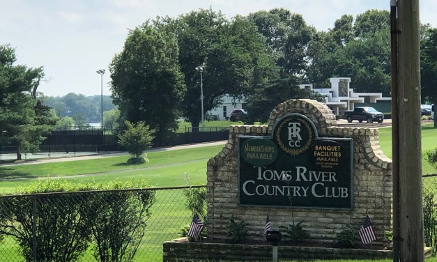 Toms River: Has the Toms River Country Club been sold? The answer is NO per TRCC Management