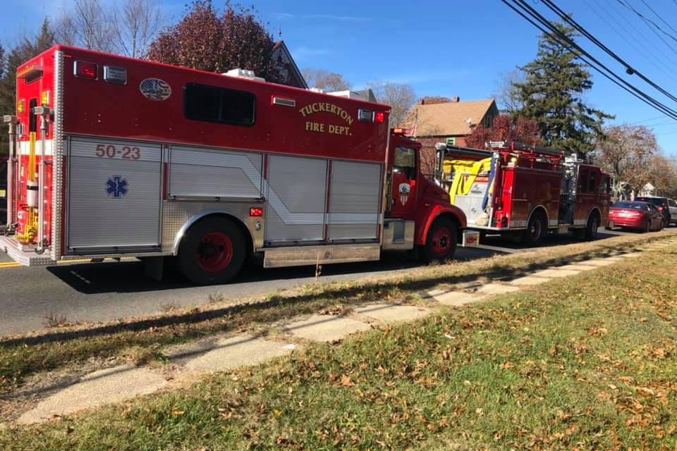 TUCKERTON : STRUCTURE FIRE