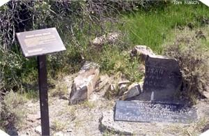 grave site of Susan Coon with broken marker and OCTA sign