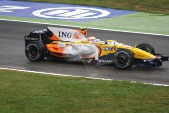 World © Octane Photographic Ltd. Italian GP, Monza, Formula 1 Practice 1. Friday 12th September 2008. Nelson Piquet, Jr., ING Renault F1 Team R28. Digital Ref : 0842cb401d0035