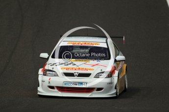 © Octane Photographic Ltd. 2010. British Touring Car Championship – Oulton Park. Saturday 5th June 2010. Digital Ref : 0125CB1D1779
