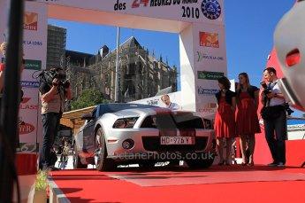 2010 Le Mans 24 Hour (24 Heures du Mans), 11th June 2010. Drivers' parade Ford Mustang. Digital ref : CB5D3184