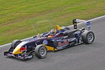 © Octane Photographic 2010. British Formula 3 Easter weekend April 5th 2010 - Oulton Park, Jean-Eric Vergne - Carlin. Digital Ref. 0049LW40D1561
