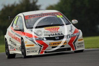 © Octane Photographic Ltd. 2011. British Touring Car Championship – Snetterton 300, Gordon Shedden - Honda Civic - Honda Racing Team. Saturday 6th August 2011. Digital Ref : 0121CB7D8633