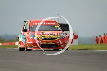 © Octane Photographic Ltd. 2011. British Touring Car Championship – Snetterton 300, Liam Griffin - Ford Focus - Airwaves Racing. Saturday 6th August 2011. Digital Ref : 0121CB7D8655
