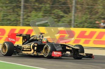 © Octane Photographic Ltd. 2011. Formula 1 World Championship – Italy – Monza – 10th September 2011 - Bruno Senna - Renault R31 – Free practice 3 – Digital Ref :  0175CB1D2599