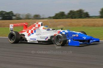 © Octane Photographic Ltd. 2011. Formula Renault 2.0 UK – Snetterton 300, Oliver Rowland - Fortec Motorsports. Saturday 6th August 2011. Digital Ref : 0122LW7D0259