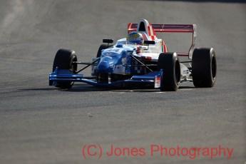 Oliver Rowland, Formula Renault, Brands Hatch